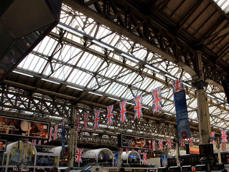 Tag 18: London – Bahnhöfe, ein Teddybär, ein Meisterdetektiv und viele Wachsfiguren  (2/6)